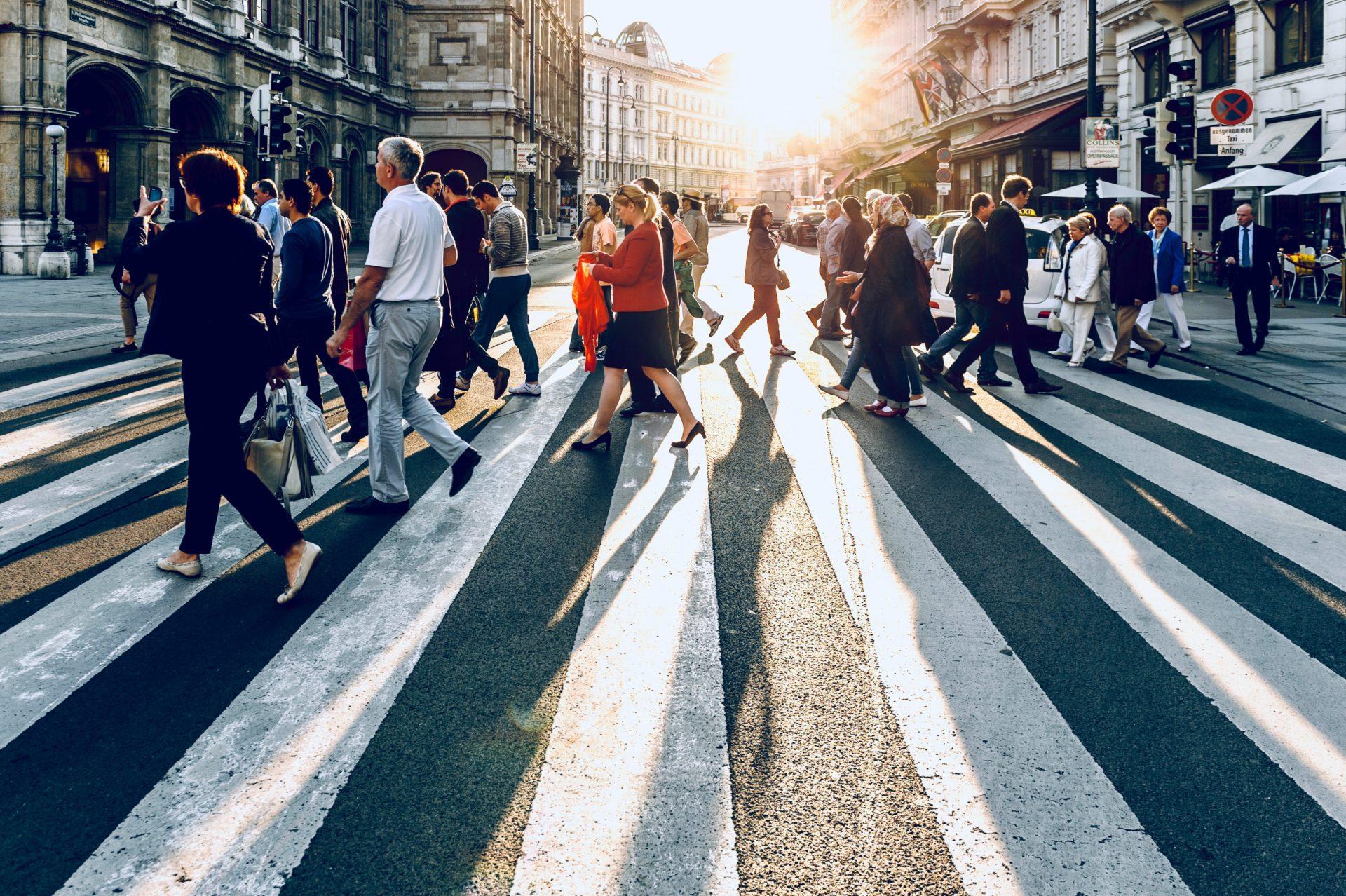 Aschův test konfirmity: Proč souhlasíme s názory ostatních, i když nesouhlasíme